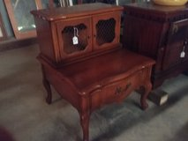 Accent table in Fort Polk, Louisiana