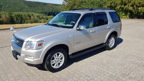 2007 Ford Explorer 4.0 V6 4x4  *Clean & low mileage* in Baumholder, GE