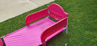 Pink toddler bed in Bartlett, Illinois