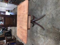 Drop leaf Table in Pasadena, Texas