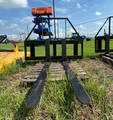 "Armstrong Double Slide Bar Pallet Fork 48"". in Pasadena, Texas"