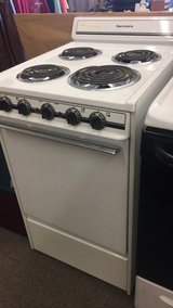 Electric Stove (21 inches) in Fort Leonard Wood, Missouri