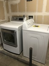 Washer and Gas Dryer in Miramar, California