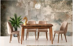 United Furniture - Arte Extension Dining Table + 4 Dallas Cream Chairs including delivery in Spangdahlem, Germany