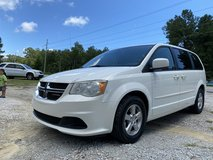 2011 DODGE GRAND CARAVAN in Camp Lejeune, North Carolina