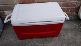 Ice chest/water cooler in Spring, Texas