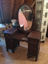 Antique Vintage Bedroom Set - Bed, Dresser, MakeUp Vanity with Mirror in Chicago, Illinois