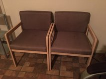 Set of 2 chairs in Alamogordo, New Mexico