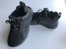 Puma Sneakers size 4C Youth in Naperville, Illinois