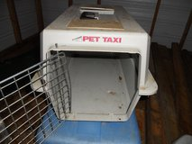 carrier kennel small in Beaufort, South Carolina