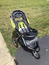 Baby trend jogging stroller in Plainfield, Illinois