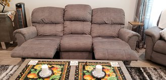 Lazboy Reclining Sofa like new in The Woodlands, Texas