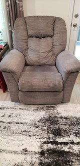 2 , Lazboy chair's like new in The Woodlands, Texas