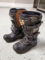 Fox kids dirtbiking and riding boots, youth size 1 in Alamogordo, New Mexico