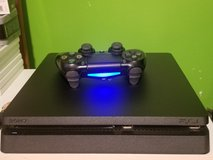 playstation 4 and 9games in Fort Campbell, Kentucky