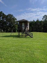 Tree House/Fort/Deer Stand in Cleveland, Texas