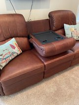 Leather couch w two recliners Lazy Boy, excellent condition in Beaufort, South Carolina