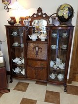 Oak Double curio/ desk Combo in Fort Leonard Wood, Missouri
