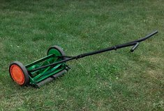 Manual Push Lawn Mower in Aurora, Illinois