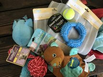 Dog Toys & Supplies in Naperville, Illinois