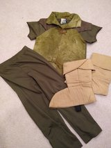 Peter Pan costume kids size small in Chicago, Illinois