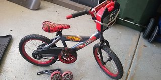 Boys 16 inch bike, training wheels, kickstand, matchbox cars carry case, Lightning McQueen in Chicago, Illinois