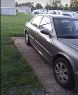 2004 Hyundai Sonata..Runs and drives in Fort Campbell, Kentucky