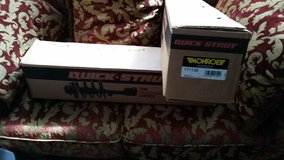 Monroe Quick Struts #171138 Pair Brand New in Box Never Opened For Ford Expedition 2010 Front St... in Oswego, Illinois