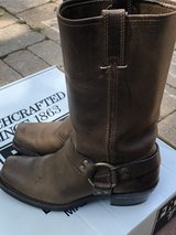 Women's Size 8 Frye Harness boots in St. Charles, Illinois