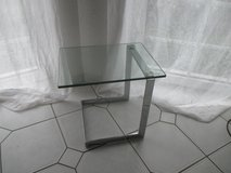 2 stylish glass end tables in Ramstein, Germany