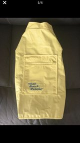Pet raincoat, sz small/medium in Chicago, Illinois