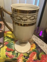 Royal crown cups in Alamogordo, New Mexico