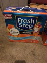 Fresh Step Cat Litter - 25 Lbs in Travis AFB, California
