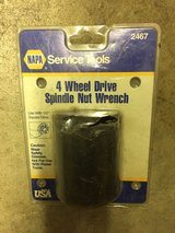 4 Wheel Drive Spindle Nut Wrench in Travis AFB, California