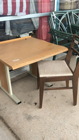 Kids Desk / Chair in Rolla, Missouri