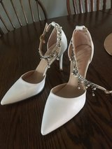 Women's Dress Shoes in St. Charles, Illinois