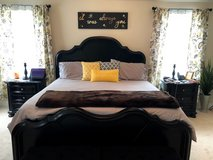 King Size Bedroom Set w/Mattress and Box Springs in Fort Meade, Maryland