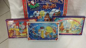 "Christmas  ""Mini Pop Up"" Storybooks in St. Charles, Illinois"