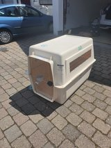 REDUCED Large airline kennel in Stuttgart, GE