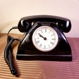 Vintage Looking Black Metal Desk Telephone Clock in Naperville, Illinois