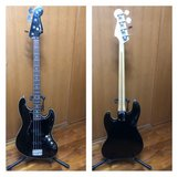 bass guitar fender aerodyne American, bag, stand and strap included in Okinawa, Japan