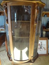 Antique Early American Curio Cabinet (1800,s) in Dover, Tennessee