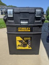 Stanley Fatmax 4 in 1 cantilever mobile toolbox in Clarksville, Tennessee