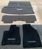 Toyota Highlander Floor Mats (NEW) in Wright-Patterson AFB, Ohio
