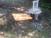 Small Outdoor Table with 2 chairs in Bartlett, Illinois