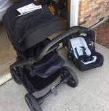 Nuna mixx 2 stroller and car seat in Chicago, Illinois
