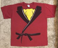 Mens Costume Tee, Sz L, Smoking Jacket in Fort Campbell, Kentucky