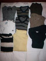 Lot of sweaters Size M in Ramstein, Germany