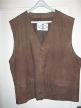 Real leather vest Size L in Ramstein, Germany
