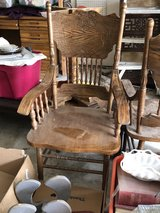 Dining table chairs in Cleveland, Texas